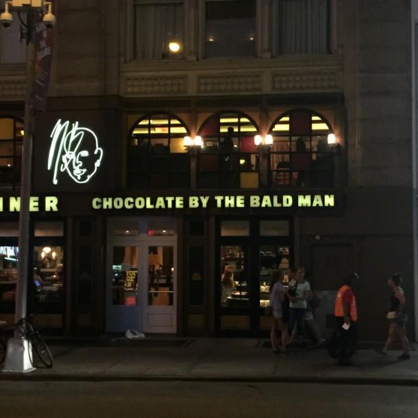 """Шоколадный магазин """"У лысого"""""""